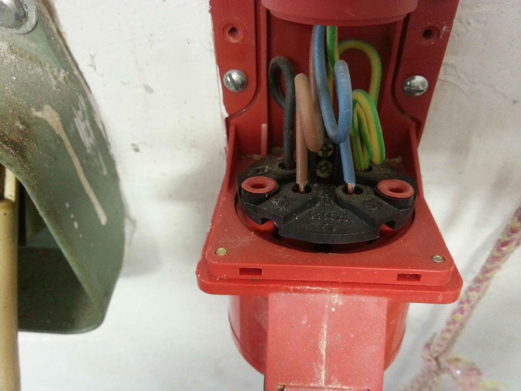 Kabel 5 anschließen adriges