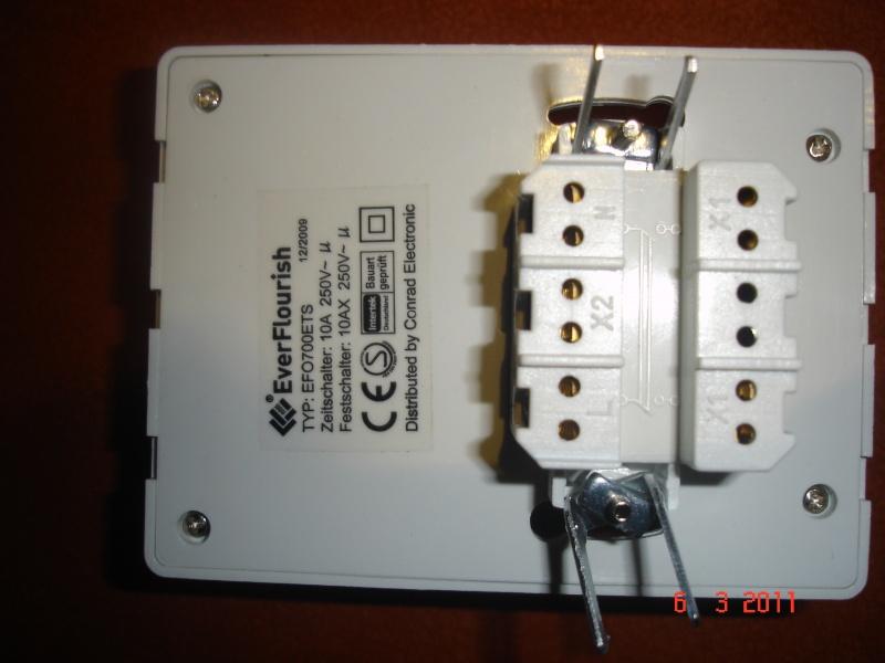 Lichtschalter durch UP-Zeitschaltuhr ersetzen