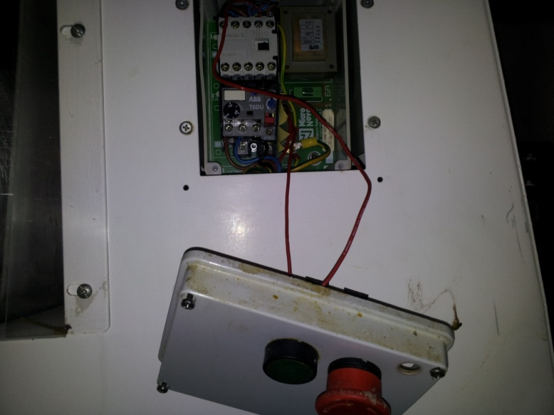 erbitte Hilfe bei Schütz/Schalter!! Teigknetmaschine 400V