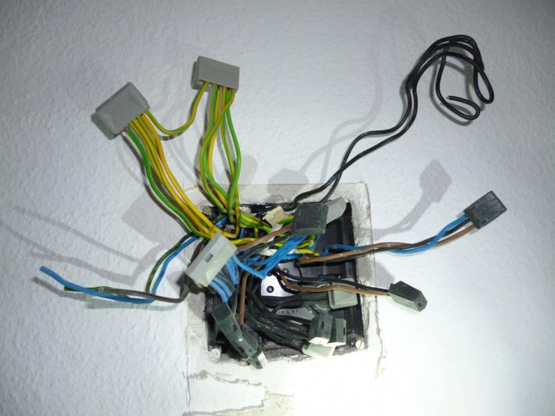 Lichtschalter in Steckdose umwandeln oder beides erhalten ?