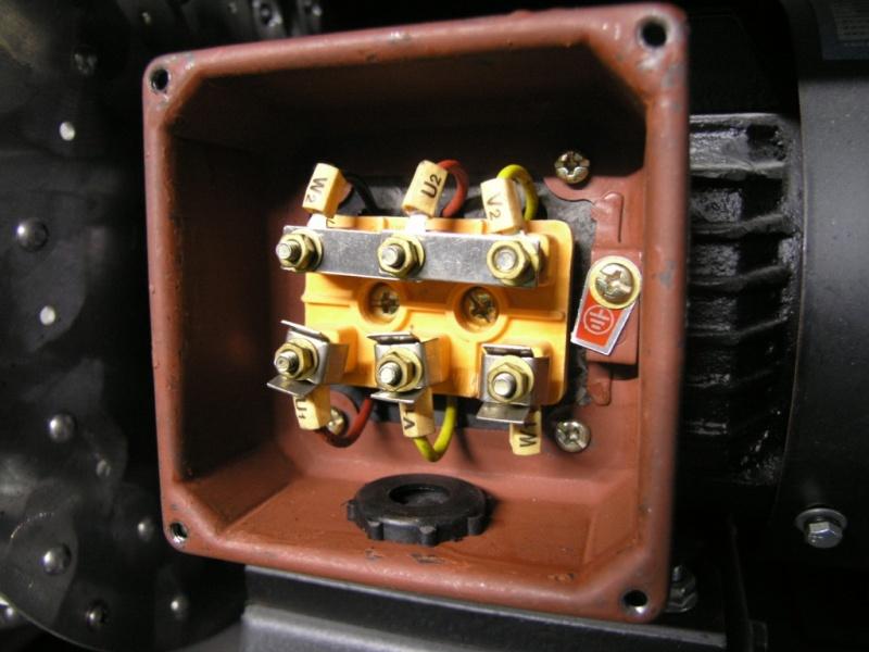 380V/ 50Hz/ 3Phasen Motoranschluss