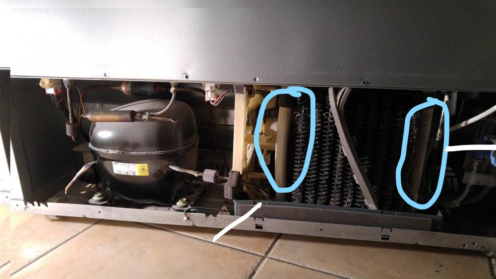 Side By Side Kühlschrank Rückseite : Samsung side by side kühlteil evtl defekt seite