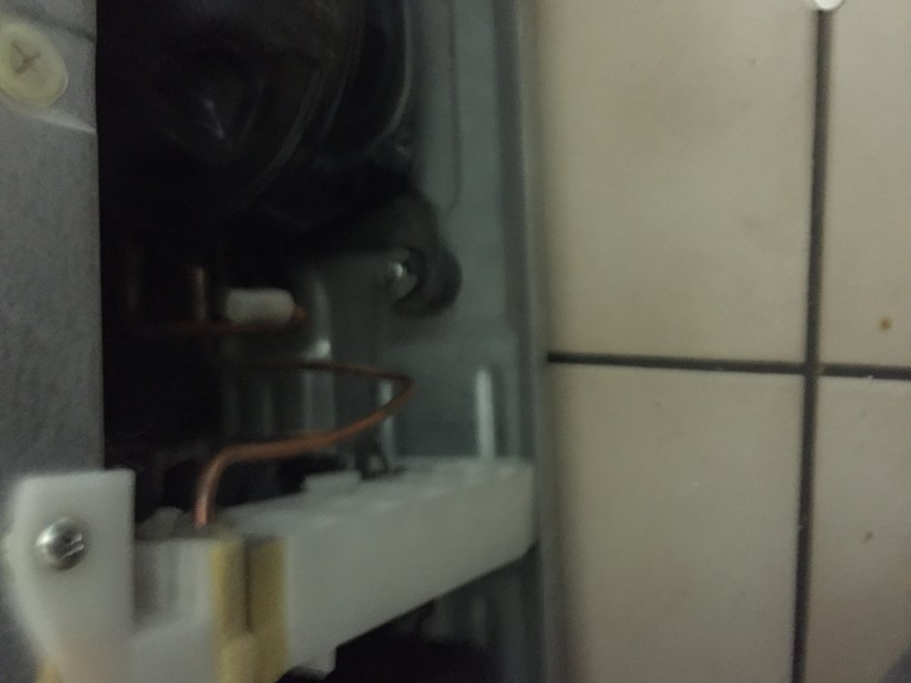 Samsung Amerikanischer Kühlschrank Kühlt Nicht Mehr : Side by side kühlschrank teildefekt